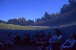 mobilne-planetarium-mszana-2_5e296db66ff980_97893445.jpg